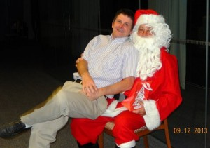 Masters Squash Christmas Dinner 025 - Jim and Santa are friends
